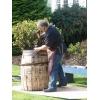 Деревянные бочки из дуба для вина и солений.